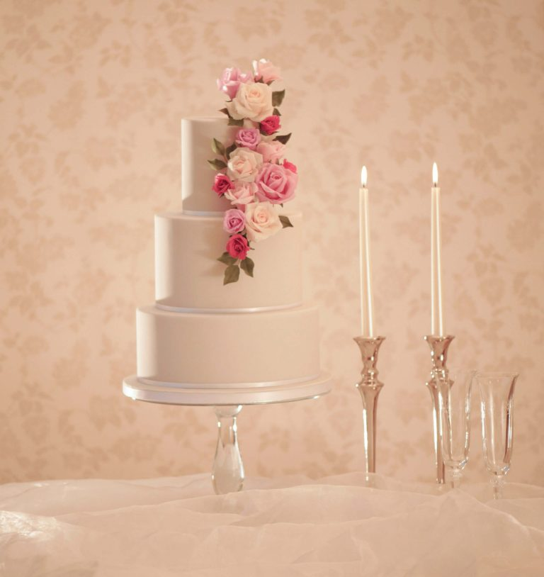 Wedding Cake Cost.Buckinghamshire Wedding Cakes How Much Do Wedding Cakes Cost