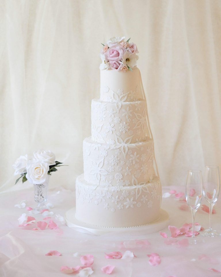 4 tier ivory lace wedding cakes