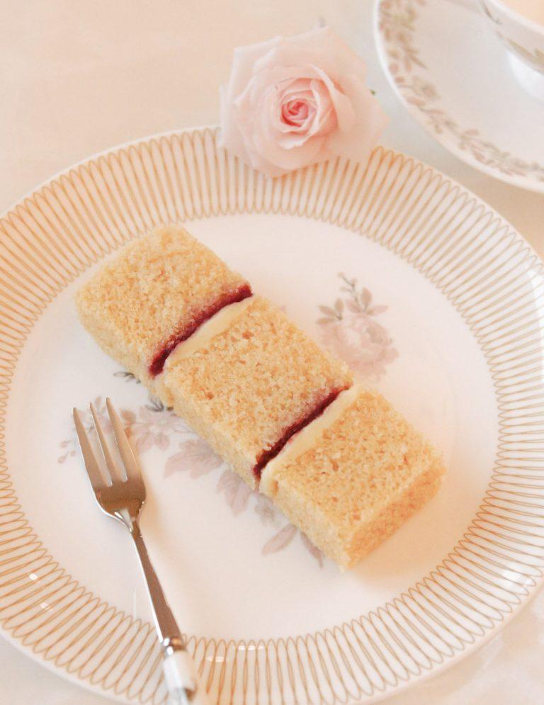 wedding cake flavours vanilla sponge layered with white chocolate ganache and raspberry conserve